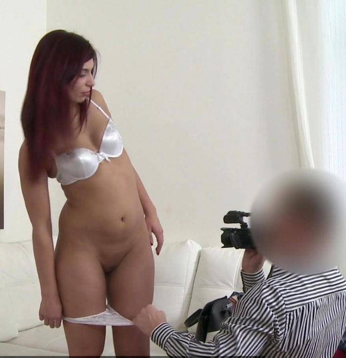 FakeAgent: Jessica Red - Hot Red Hair Babe Fucked on Couch  [HD 720p]  (Casting)
