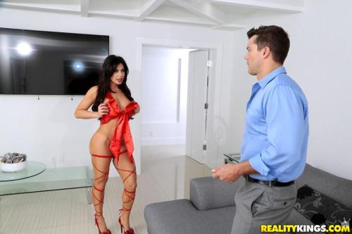 MonsterCurves.com / RealityKings.com [Nikki Capone - A Gift For You] SD, 432p