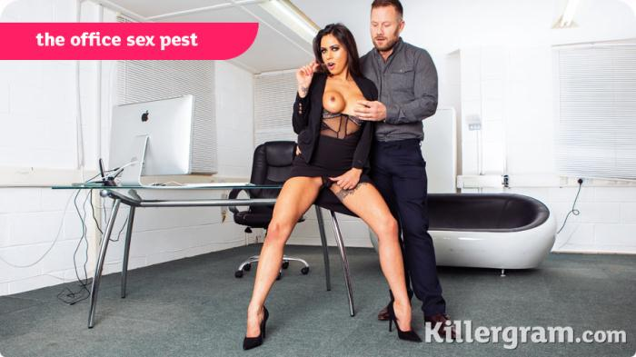 Killergram: Roxxy Lea - The Office Sex Pest [HD 646 MB]