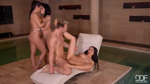 HandsOnHardcore.com / DDFNetwork.com [Rina Ellis and Sasha Rose and Angelina Wild] SD, 360p