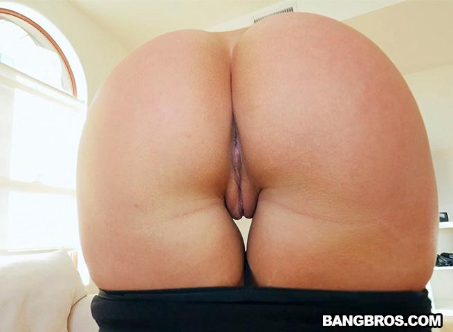 Candice Dare Does Anal To Get The Job / 18 Dec 2016 [BangBros / SD]