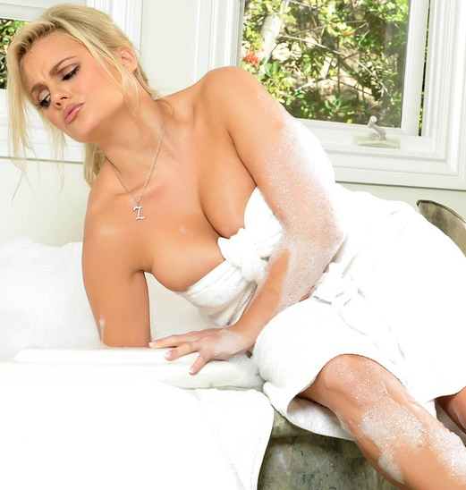 DirtyMasseur/Brazzers - Katy Jayne - Another Marriage Down The Drain [SD 480p]