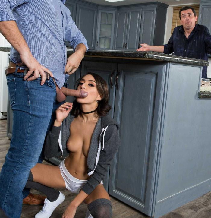 TeensLikeItBig/Brazzers: Janice Griffith - Anal Quickie With Teenie Janice!  [HD 720p]  (Anal)