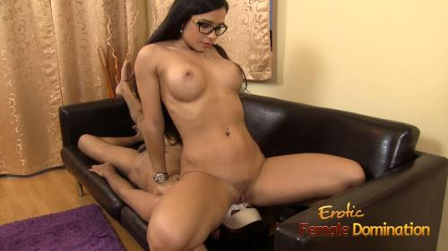 EroticFemaleDomination.com [Mira Cuckold - Nude Mistress Mira Cuckold In Some Hot Facesitting Action] FullHD, 1080p