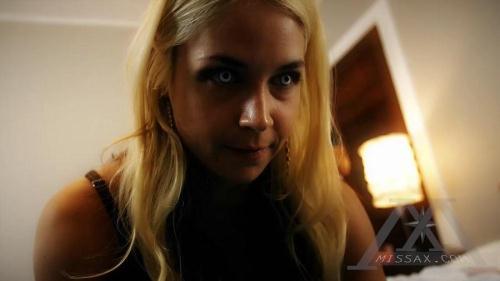 MissaX.com / Clips4Sale.com [Sarah Vandella - Mommy VI] HD, 720p