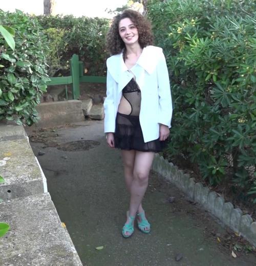 Celine - Celine revient au Cap ! (JacquieEtMichelTV.net) [FullHD 1080p]