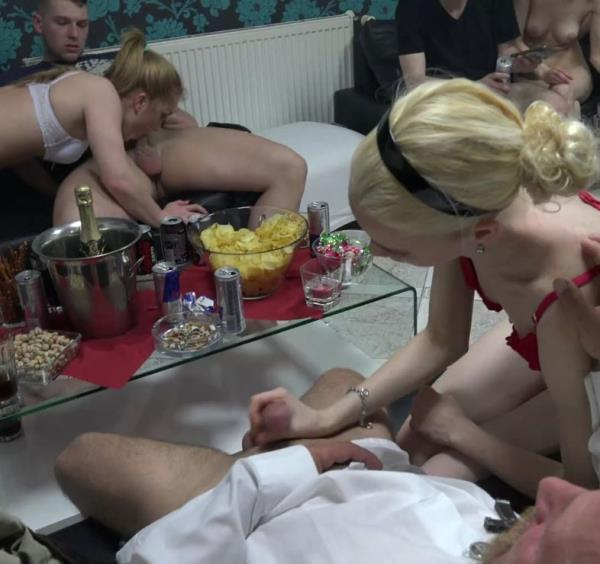 CzechMegaSwingers: Amateurs - Czech Mega Swingers 20 - Part 6 (FullHD/2016)