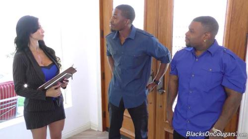 BlacksOnCougars.com / D0gF4rtN3tw0rk.com [Jewels Jade - Anal Sex] SD, 432p