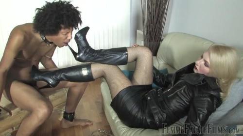 FemmeFataleFilms.com [Akella\'s Pain Slave] HD, 720p