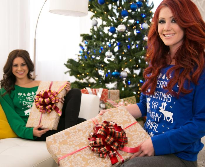 GirlsWay: Elle Alexandra, Shyla Jennings - Christmas Spirit: Part Two  [HD 720p]  (Lesbians)