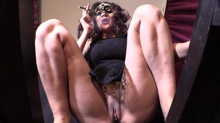 Shit from the Goddess - Mistress Diana scat spitting (Scat Porn) FullHD 1080p