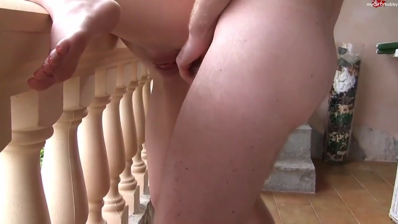 (Hot Dirty Girl / MP4) Lia-Louise - Einfach ficken auf Mallorca  - HD 720p