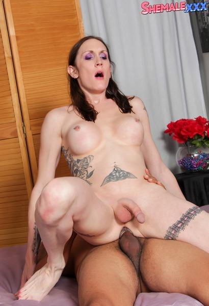 Christina Skyye - Christina Skyye & Goody Fuck Hard! (Shemale.xxx) [SD 480p]