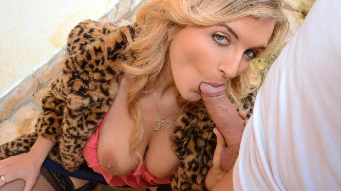 PublicPickUps/Mofos: Jemma Valentine - Canadian Babe Sucks Cock for Cash  [SD 480p]