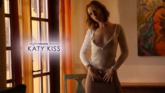 D1g1t4lD3s1r3: Katy Kiss (FullHD/1080p/650 MB) 08.12.2016