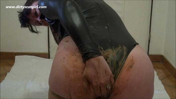 DIRTYSCATGIRL - Extreme Scat - Part 32 (Scat Porn) HD 720p