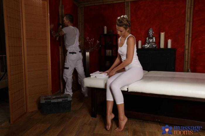 M4ss4g3R00ms.com / S3xyHub.com - Alexis Crystal - Young Workman Gets A Good Fucking [SD, 480p]