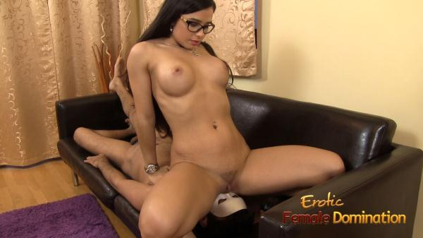 EroticFemaleDomination.com - Mira Cuckold - Nude Mistress Mira Cuckold In Some Hot Facesitting Action (FullHD) 1.37 GB