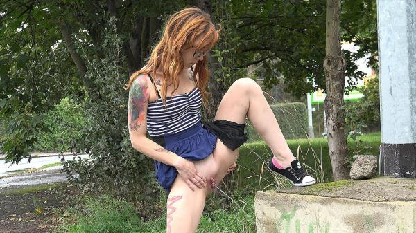 Tattoos and piss [G2P] [FullHD] [141 MB]