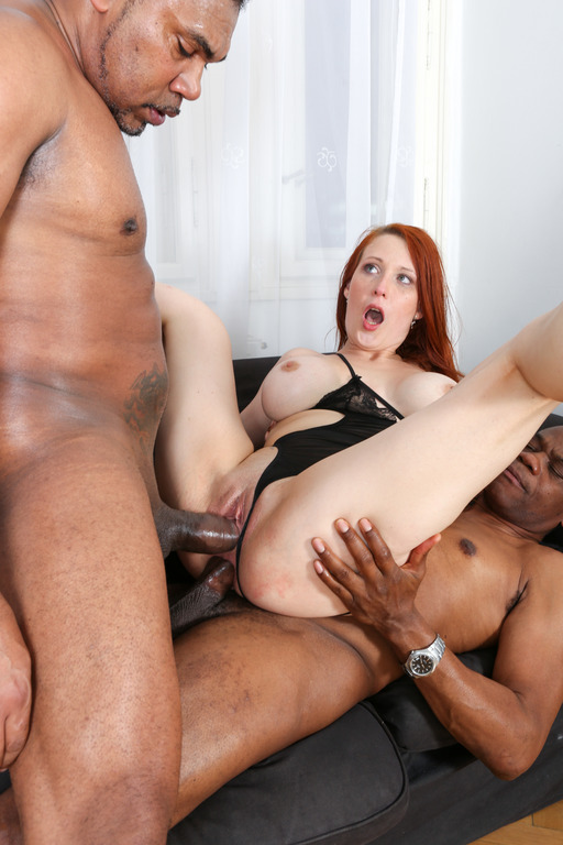 (Lega1Porno.com) Isabella Lui - Isabella Lui gets what she likes best - two big black cocks DP. IV024 (HD/720p/1.26 GB/2016)