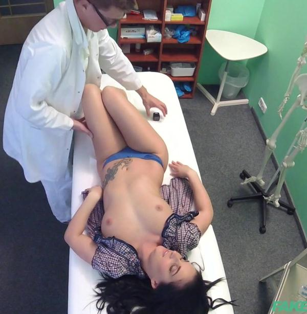 Lucia Denvile - Patient Cured with Cock Treatment  (FakeHospital/FullHD/1080p/1.40 GiB) from Rapidgator