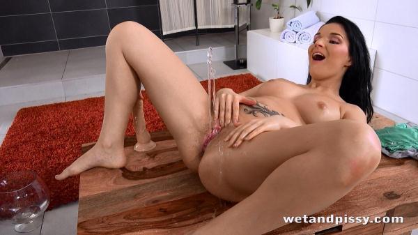 WP - Lucia Denvile [FullHD, 1080p]