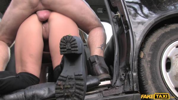 Candi Kayne Infamous John Fucks Taxi Fan Hard [FakeTaxi 1080p]