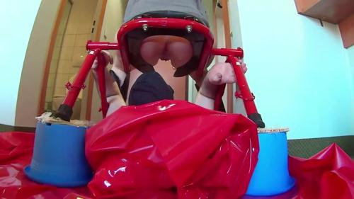 Fboom Scat [Giant sausage in the mouth of the willing slave Part 1 - Femdom Scat] FullHD, 1080p