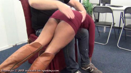 Emily gets a hard spanking for missing a few classes [FullHD, 1080p] [Real-Life-Spankings.com]