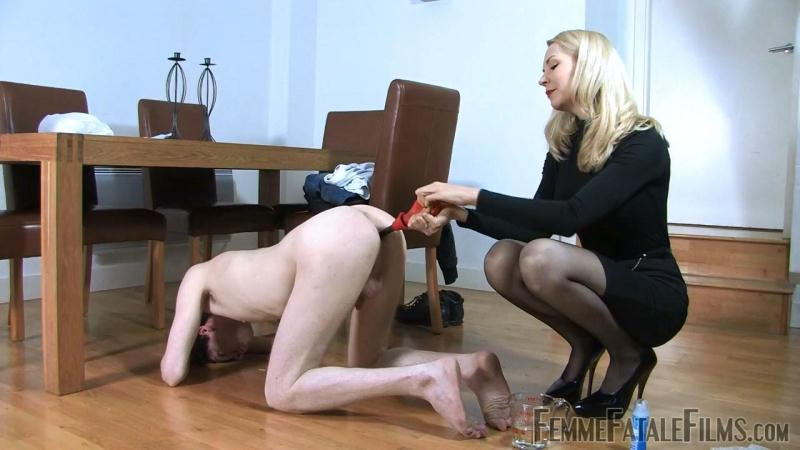 FemmeFataleFilms.com: Mistress Eleise de Lacy - Full To Bursting [HD] (598 MB)