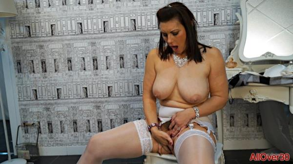 (AllOver30 | FullHD) Raven - Solo (680 MB/2017)