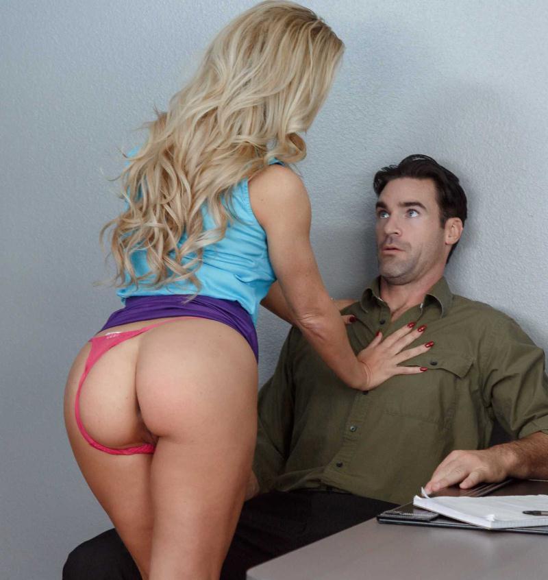 NaughtyOffice/NaughtyAmerica: Cherie DeVille - Naughty Office  [HD 720p] (974 MiB)