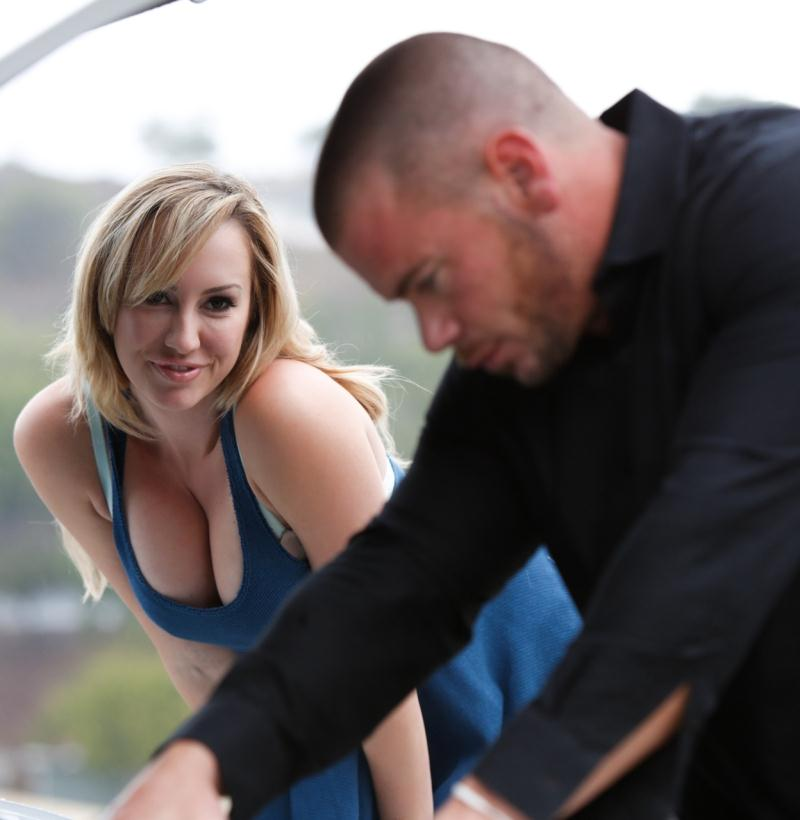 NuruMassage/FantasyMassage: Brett Rossi - Start My Engine  [HD 720p] (847 MiB)