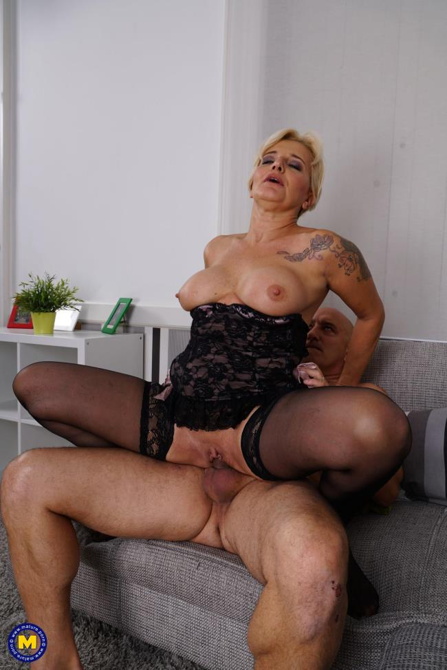 Mature.nl: Mirella (48) - Age means nothing to them (FullHD/2017)