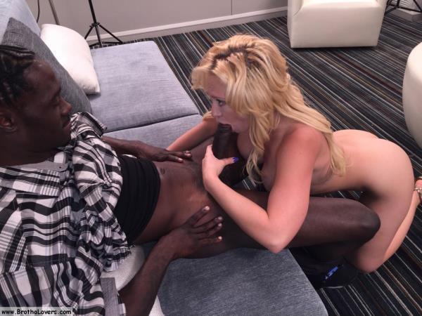 Kagney Linn Karter - Kagney Linn Karter & Lowtru -1 (InterracialSexx) [FullHD 1080p]