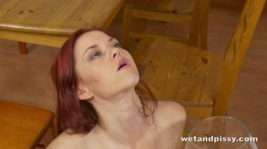 WetAndPissy, PuffyNetWork: Elza - Young Experimental (HD/720p/479 MB) 08.01.2017