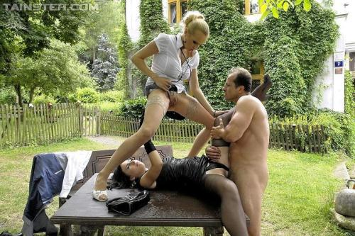 [Welli - Big Piss Plans In The Park] HD, 720p