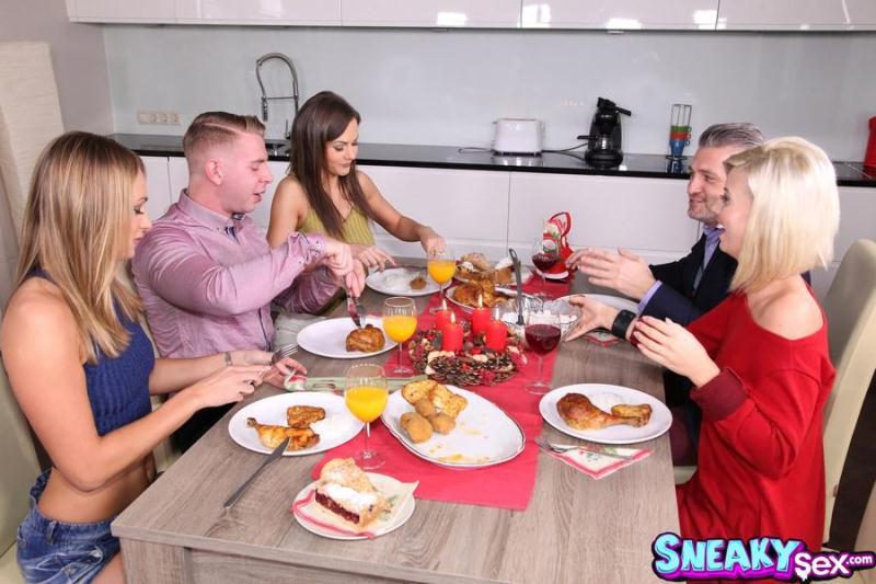 SneakySex.com / RealityKings.com: Ivana Sugar, Tina Kay - Dick For Dinner [SD] (464 MB)