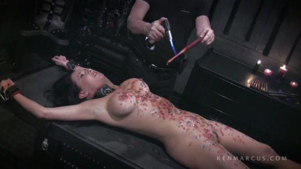 Veronica Gets Waxedl [KenMarkus.com] (HD, 720p)