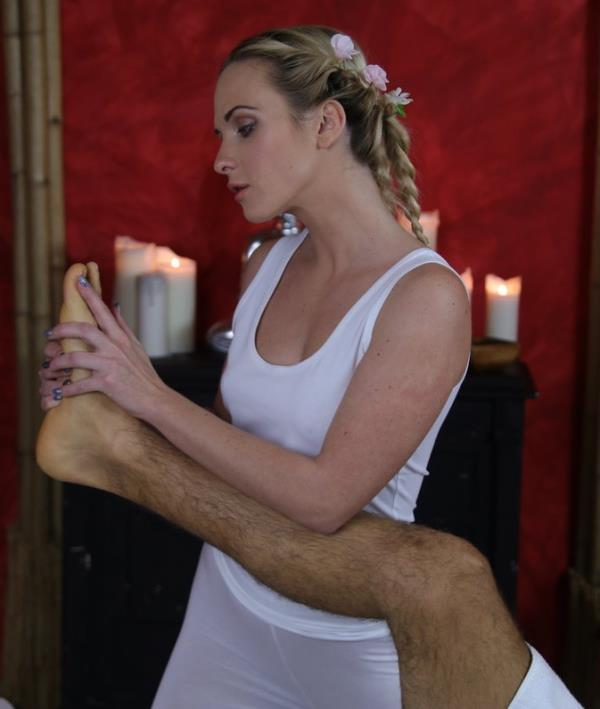Cristin Caitlin - Hot cum all over blondes tight ass  (MassageRooms/SexyHub/SD/480p/285 MiB) from Rapidgator