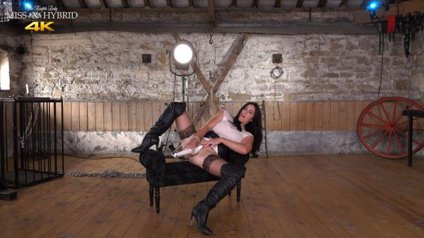 (MissHybrid | FullHD) Miss Hybrid - Leather Booted Mistress (395 MB/2017)