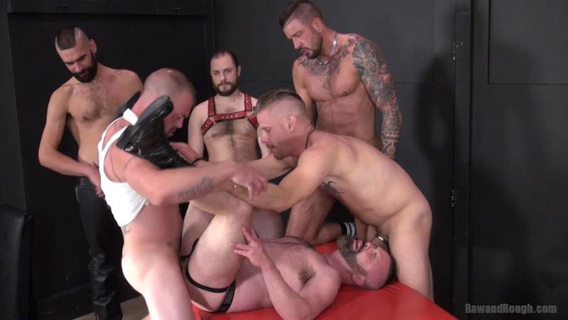 RawAndRough.com: Jacob Slader, Chris Perry, Patrick O'Connor, Tony Bishop, Dolf Dietrich, Aaron Burke - Patrick's Gang Bang [HD] (350 MB)