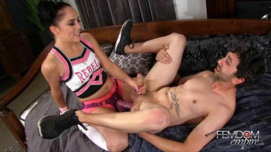 FemdomEmpire: Kristina Rose - Cheerleader Pegging Gay Test (FullHD/1080p/2.02 GB) 29.01.2017