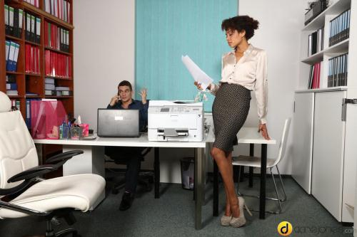 DaneJones.com / SexyHub.com [Luna Corazon - Ebony office babe hot for coworker] SD, 480p