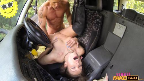 FemaleFakeTaxi.com / FakeHub.com [Ava Austen - Lucky Guy Fucks Hot Chick on Bonnet] SD, 480p