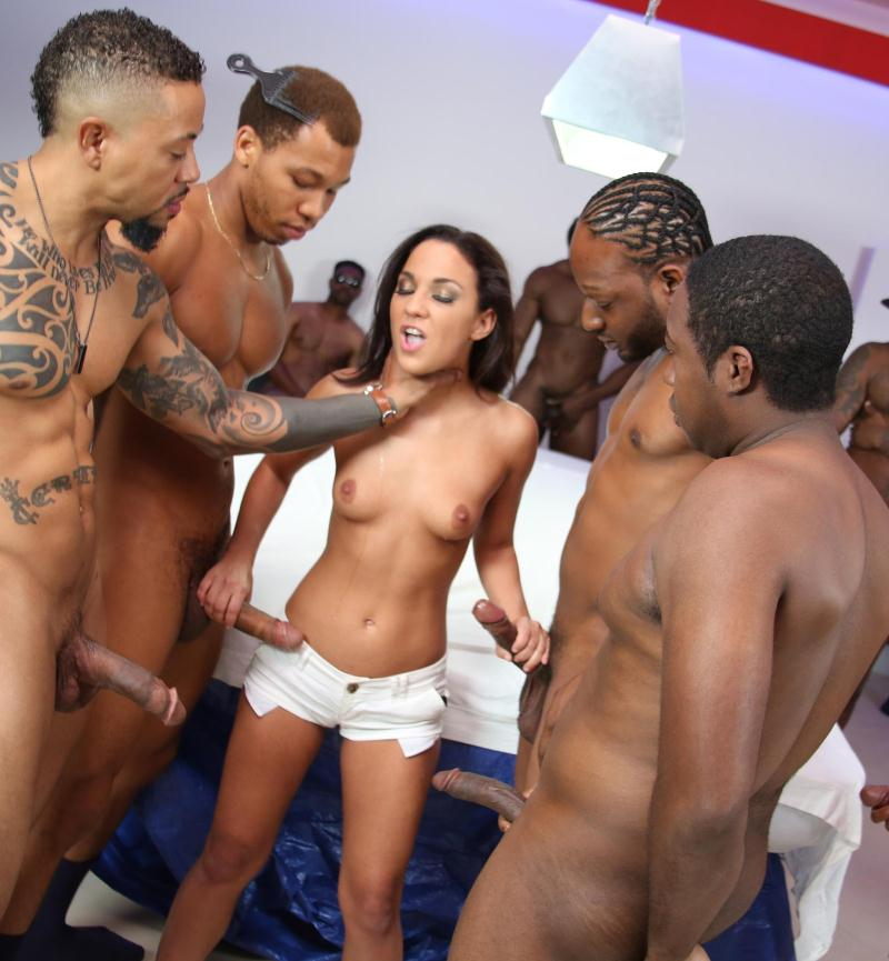 BlacksOnBlondes/DogFartNetwork: Amara Romani - Blacks On Blondes  [HD 720p] (1.45 GiB)