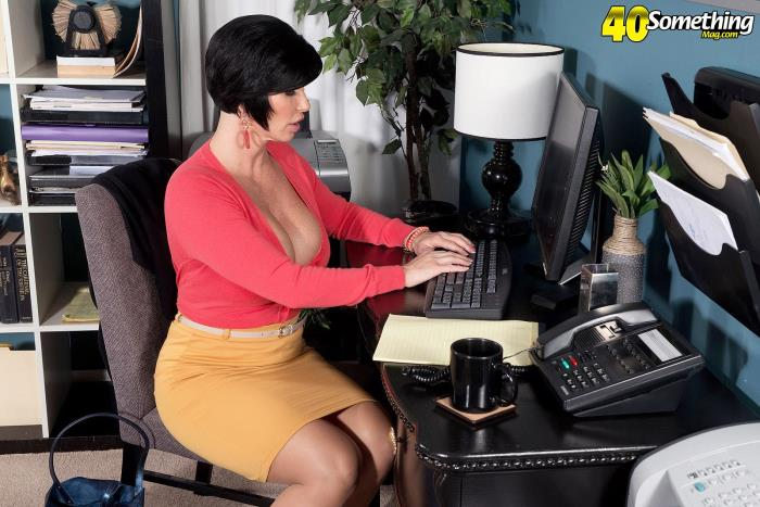 Shay Fox - Shay`s office creampie [FullHD 1080p] PornMegaLoad.com