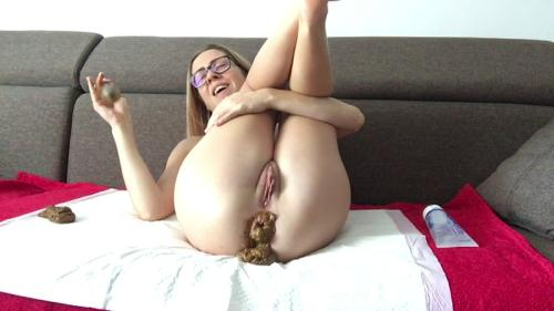Fboom Scat [Playing dirty on my new sofa - Anal Fisting] FullHD, 1080p
