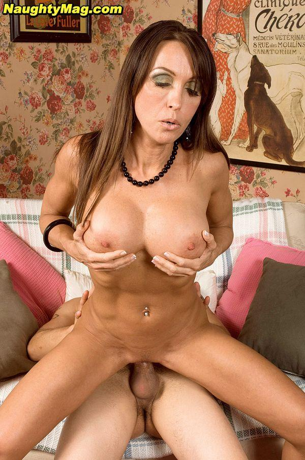 Christina Cross - Cum-Loving Cougar [FullHD 1080p] PornMegaLoad.com