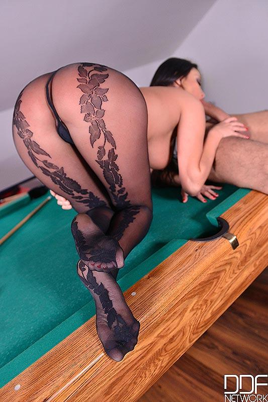 Anissa Kate - Pot That Rod: Fucking Feet And Pussy On Billiard Table! (HotLegsAndFeet) [FullHD 1080p]